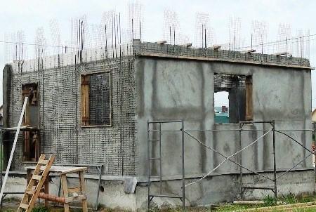 дом из бетонных плит