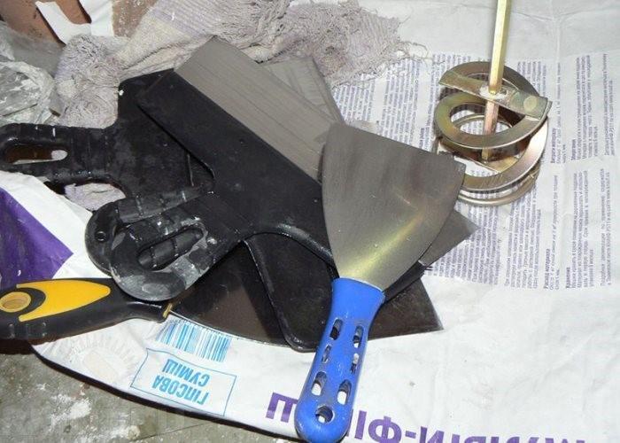 инструменты для приготовления шпаклевки