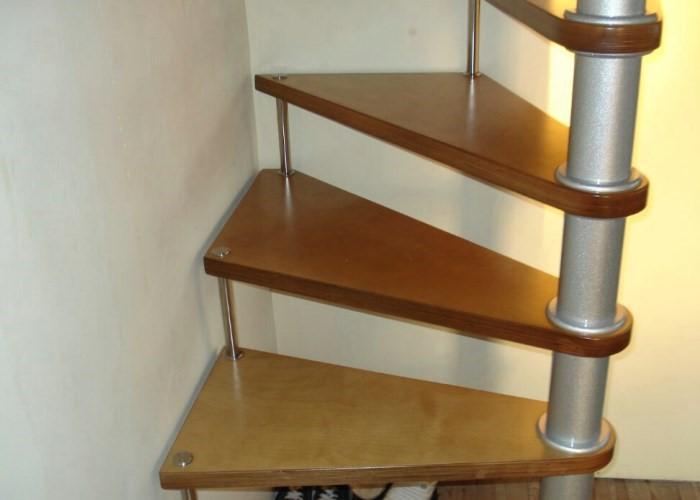 простая винтовая лестница