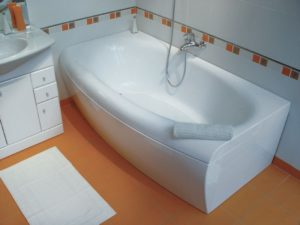 Установка акриловой ванны своими руками