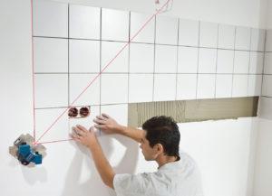Как выровнять стены в ванной своими руками