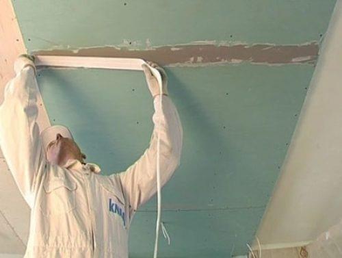ремонт трещин на потолке