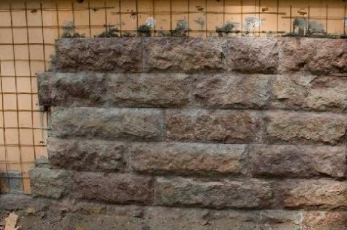 Облицовка природным камнем с использованием арматурной сетки