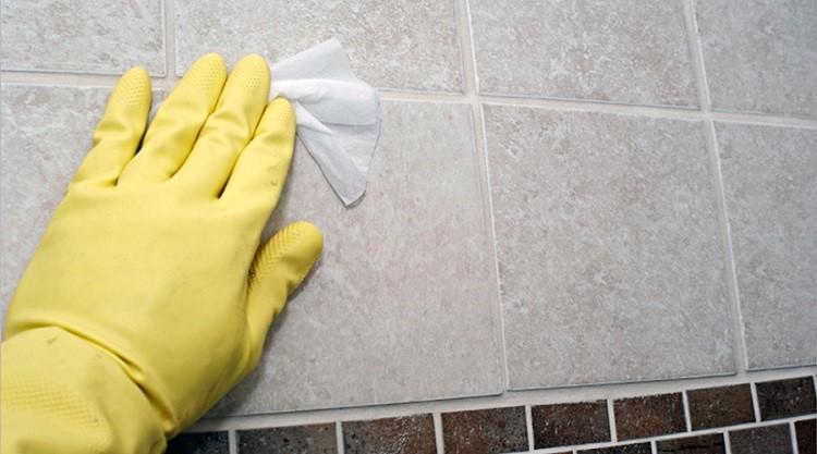 удалить герметик с поверхности