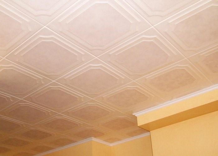 плитка на потолок как выбрать