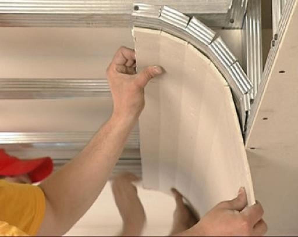 монтаж гипсокартона на круглую стену