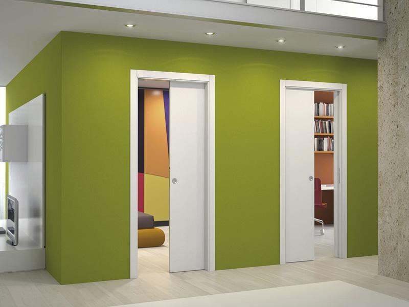 Смонтированные одностворчатые двери