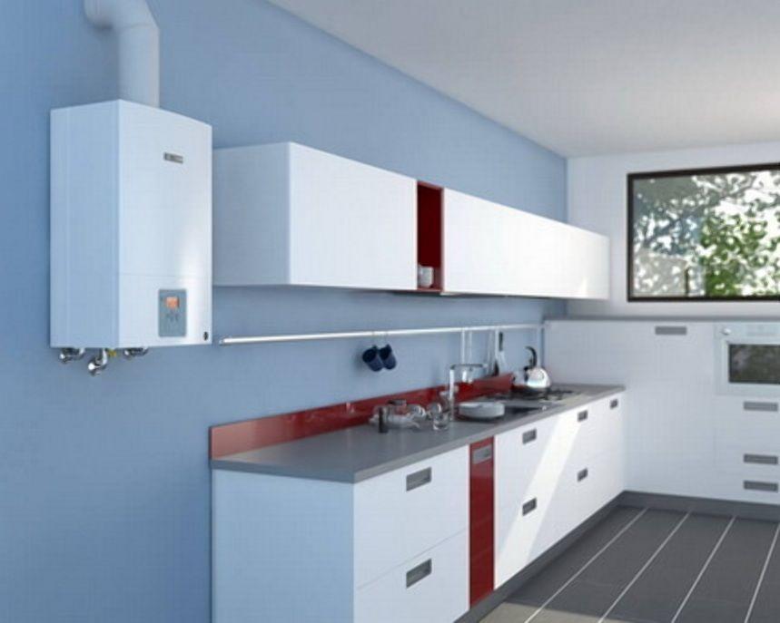 Настенный газовый котел на кухне