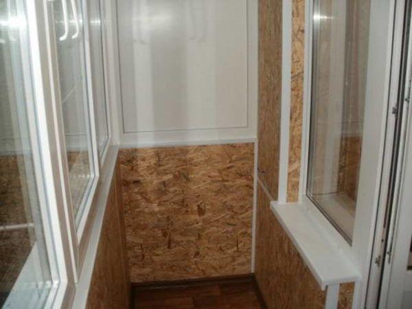 Балкон пробковыми панелями