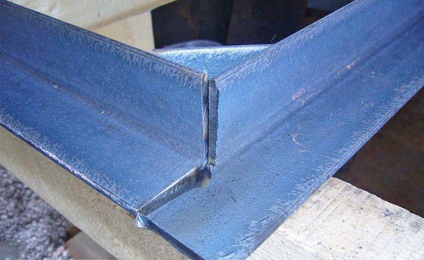 Уголок для сварки железной двери своими руками