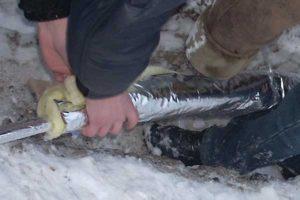 Утепление труб водопровода своими руками
