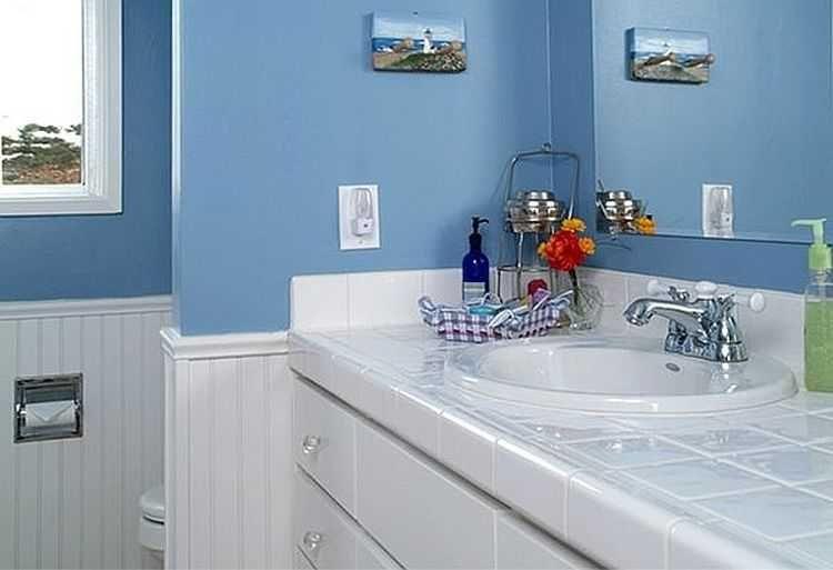 Ванная комната в голубых тонах